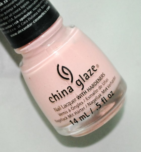 China Glaze – SPRING IN MY STEP