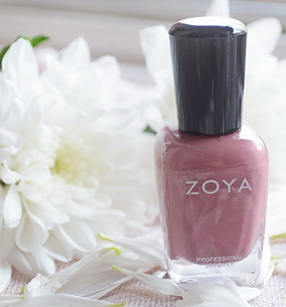 Mauve elegancija – Zoya Madeline