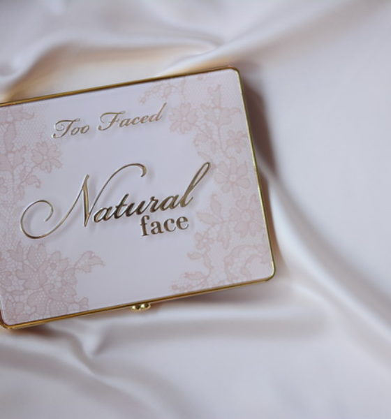 Too Faced – Natural face palette